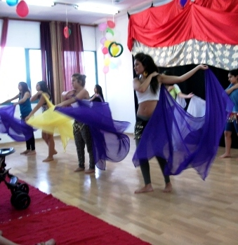 bachelorette party belly dance class